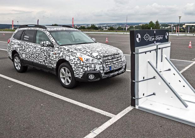 Automobily v USA mají mít do roku 2022 automatické brzdění