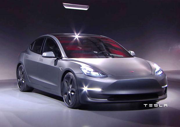 Tesla Model 3 odhalena: Miniverze Modelu S hlásí už 115.000 objednávek