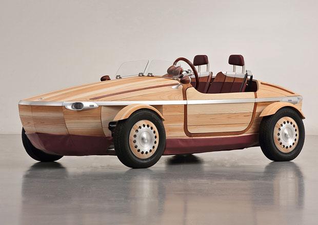 Toyota Setsuna: Dřevo na elektrickém sporťáku léty zestárne