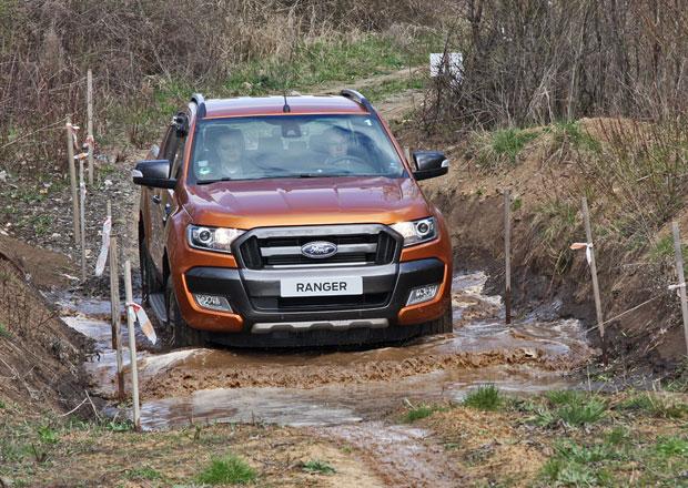 Modernizovaný Ford Ranger dorazil do Česka. Vyzkoušeli jsme jej v terénu (+video)