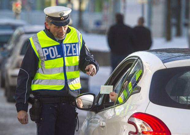 Německo chce zpřísnit ekologická pravidla pro vjezd do měst