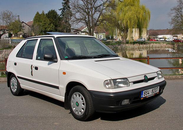 �koda slav� 25 let s VW: Op�t jsme projeli star�� modely t�to doby