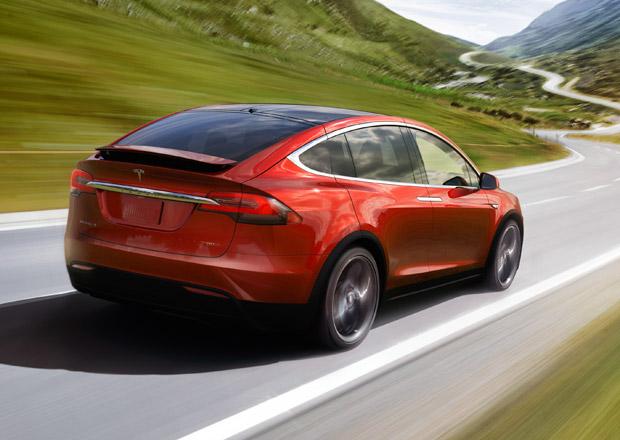 Tesla Model X: Základní verze dostala větší akumulátor, dojezd činí 416 km