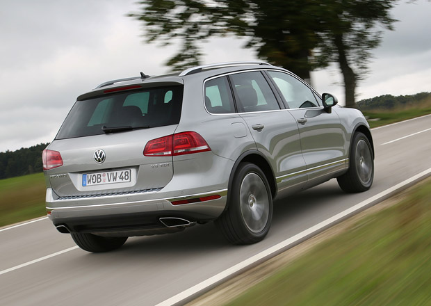 Volkswagen svolá v Rusku do servisů 44.000 Touaregů