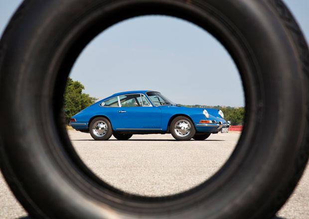 Obutí pro starší vozy Porsche? Přímo u automobilky bez problémů