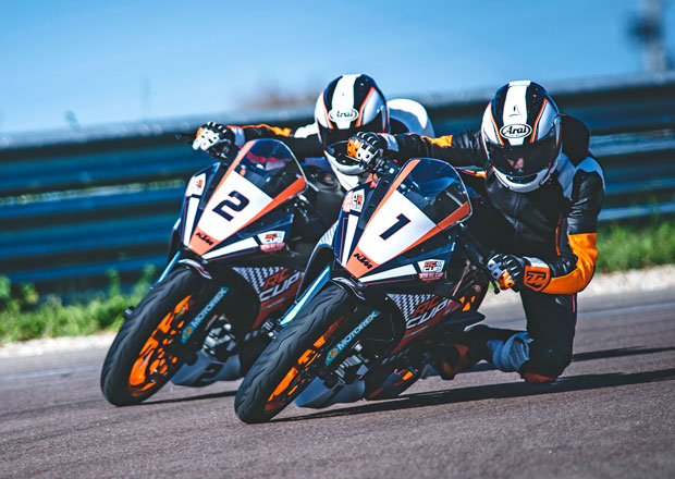 KTM modernizuje lehk� supersport RC 390
