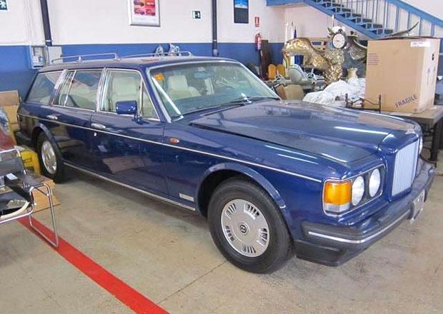Bentley v kombíku a se čtyřkolkou? Existuje. A je na prodej!