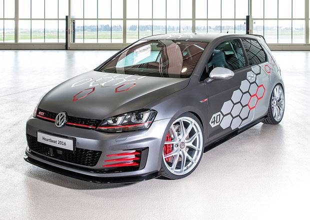 Volkswagen oslavuje �ty�ic�tiny Golfu GTI u jezera W�rthersee