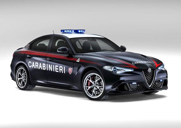 Alfa Romeo Giulia QV dostala slušivou uniformu (+video)