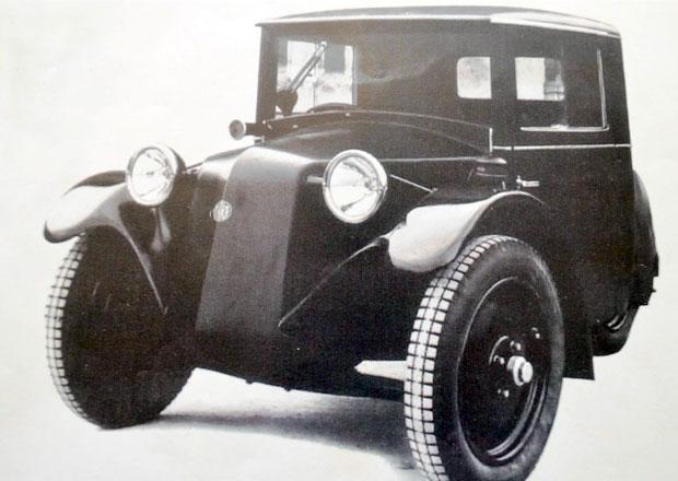 Kopřivničtí renovátoři vyrobili repliku tříkolky Tatra 49