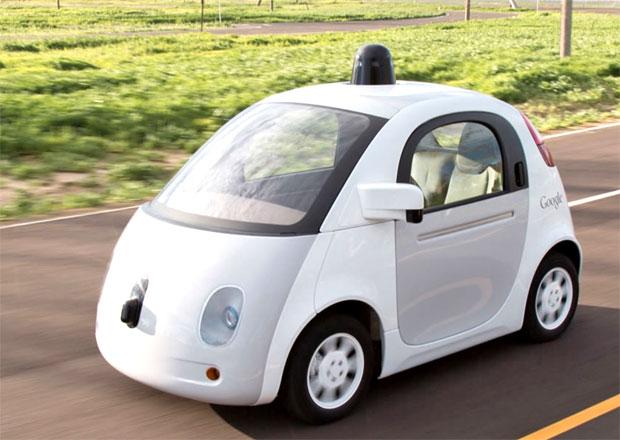 """Google vyvíjí """"mucholapku"""" na chodce"""