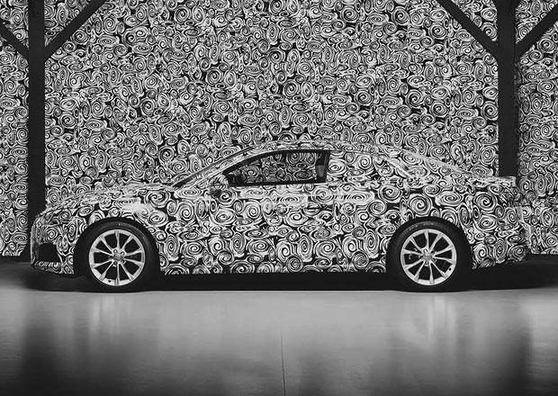 Nové Audi A5 se začíná odhalovat. Asi se moc nezmění