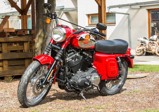 Jawa? Podívejte se pořádně, je to Harley-Davidson!