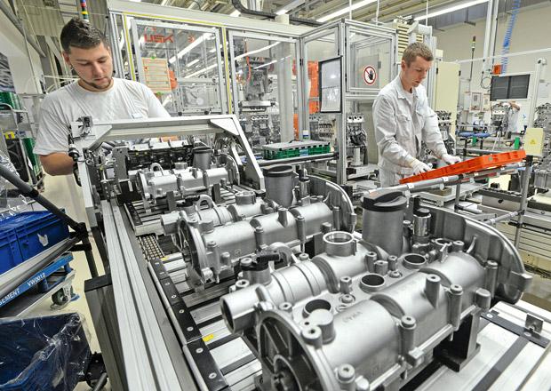 Prémie zaměstnanců VW kvůli Dieselgate klesly, i tak činí 107.000 Kč