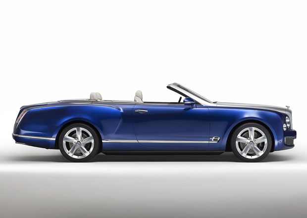 Bentley zvažuje výrobu velkého kabrioletu