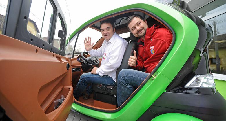 Velor-X-Trike na vlastn� k�i: Nejlevn�j�� auto v �R
