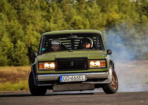 Lada 2107 666 V8: Peklostroj m� osmiv�lec BMW a driftuje skoro s�m! (+videa)