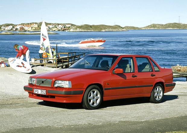 Volvo 850: Revolu�n� model �v�dsk� automobilky slav� �tvrtstolet�
