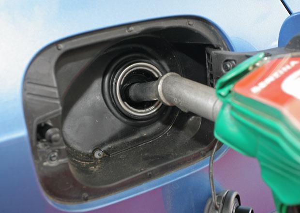 Zdražování u čerpacích stanic pokračuje, benzin průměrně stojí téměř 30 Kč za litr