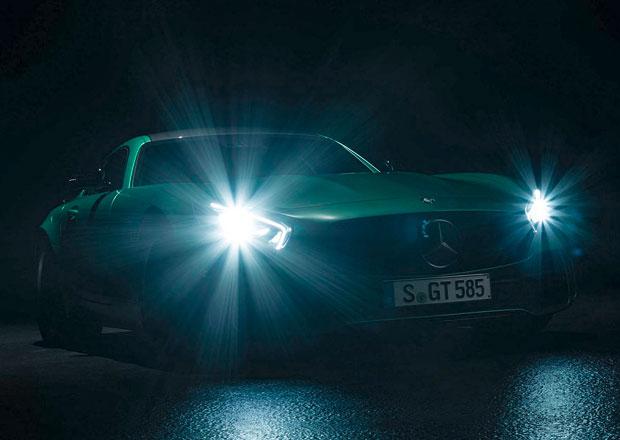 Mercedes-AMG GT R: Ostr� kup� se za��n� odhalovat