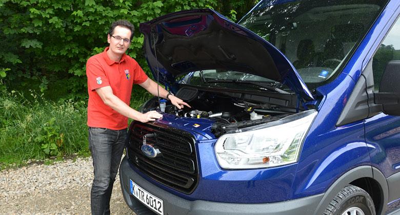 Ford Transit EcoBlue: M�sto pumy p�ich�z� panter