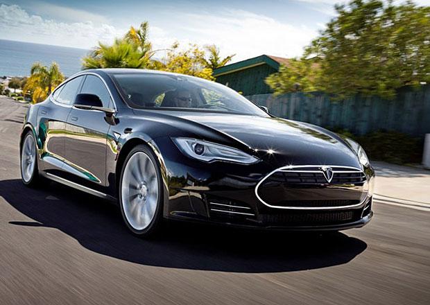 Je to spočítané: Tesla Model S vyprodukuje víc oxidu uhličitého než malá benzinová auta