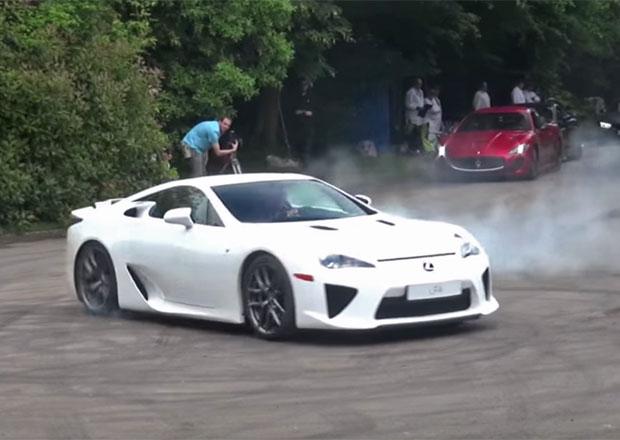 Video: Lexus LFA jako hvězda Festivalu rychlosti v Goodwoodu