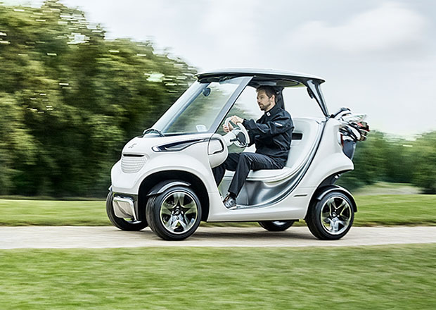 Mercedes-Benz Style Edition Garia Golf Car: Na green stylově