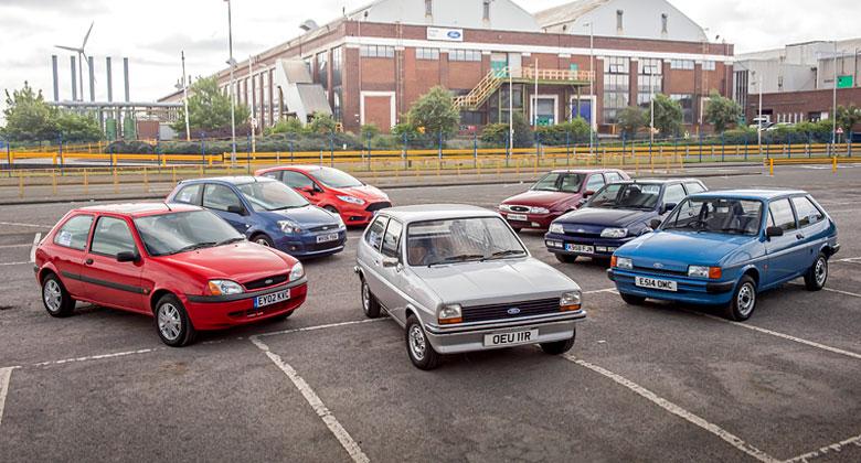 Ford Fiesta slav� 40 let. Historie mal�ho hatchbacku ve velk� fotogalerii