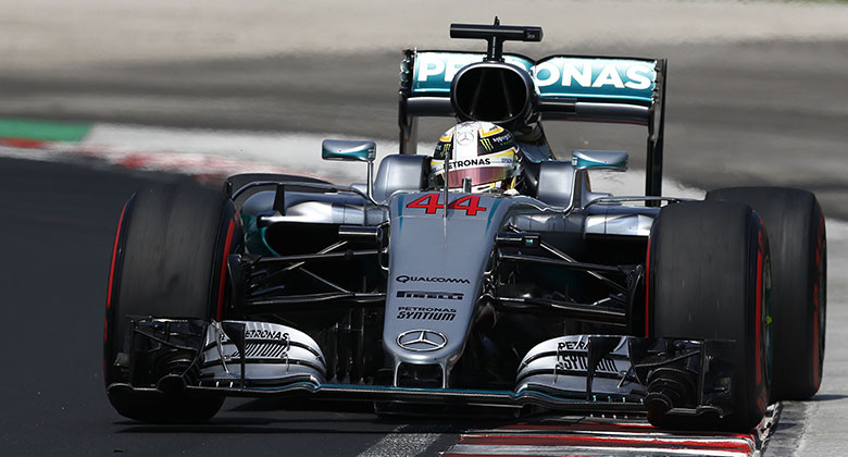 VC Ma�arska F1 2016: Hamilton odolal Rosbergovi i Ricciardovi