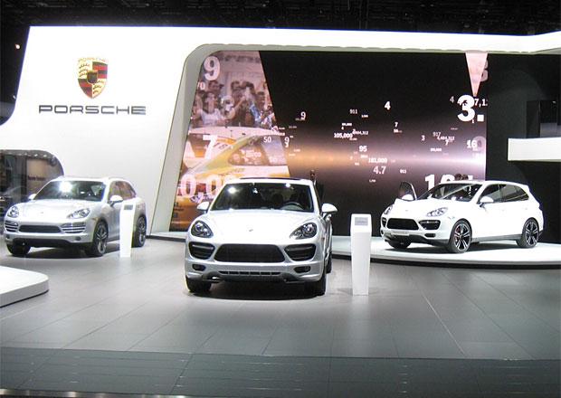 Autosalony u� net�hnou, v Detroitu bude chyb�t Porsche