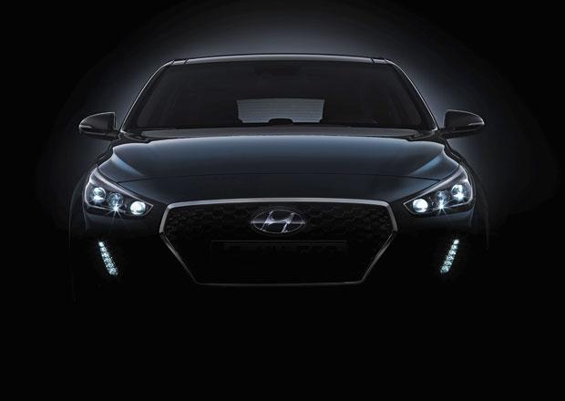 Nový Hyundai i30 na prvních fotkách. Zezadu vypadá jako BMW (+videa)