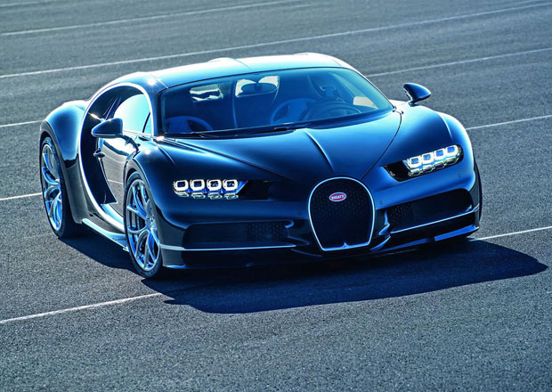 Posp�te si! Polovina produkce Bugatti Chiron je fu�!