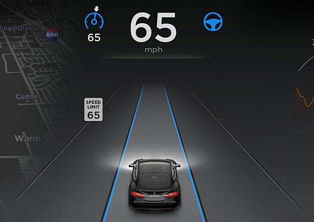 Tesla vylepšila Autopilot. Bude konečně bezpečnější?