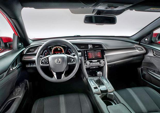 Honda Civic X: Nová generace hatchbacku konečně odhaluje interiér