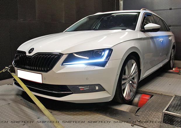 Škoda Superb od ShifTech: Chcete Superb s výkonem 350 koní? Jede až 260 km/h...