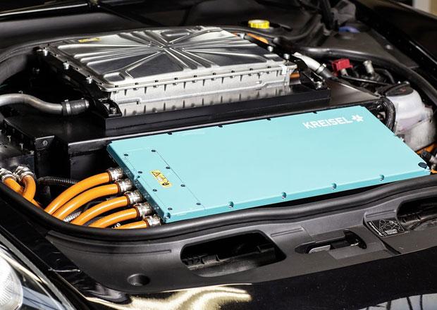 Rakouští garážisté mají lepší akumulátory než Tesla