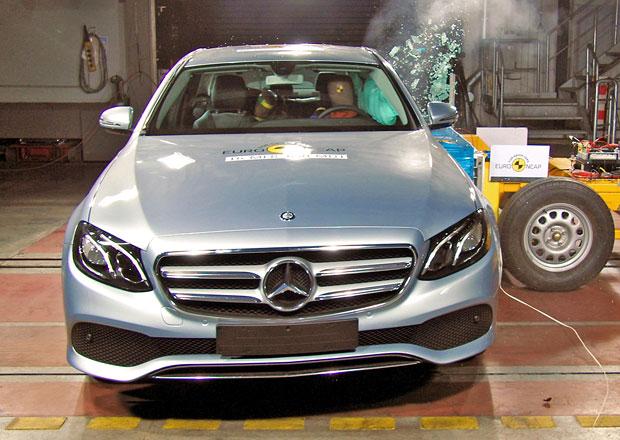 Euro NCAP 2016: Mercedes-Benz E � Pln� po�et hv�zd bez zav�h�n�