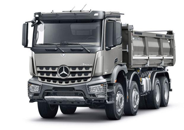Mercedes-Benz Arocs s novinkami pro stavební dopravu