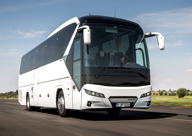 Neoplan Tourliner: Nov� design i technika