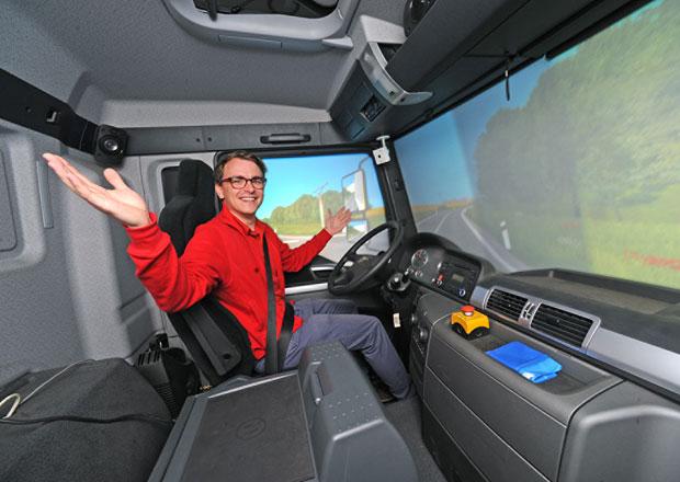 Vyzkoušeli jsme simulátor náklaďáku: Jak jsme dopadli?