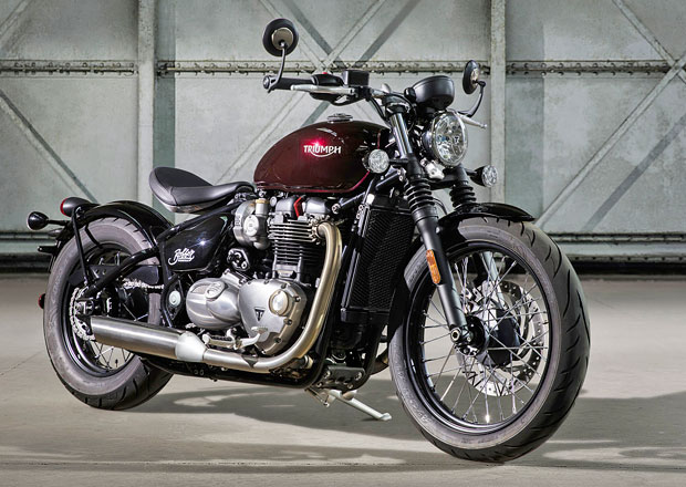 Triumph Bonneville Bobber: Hot rod v britském stylu (+video)