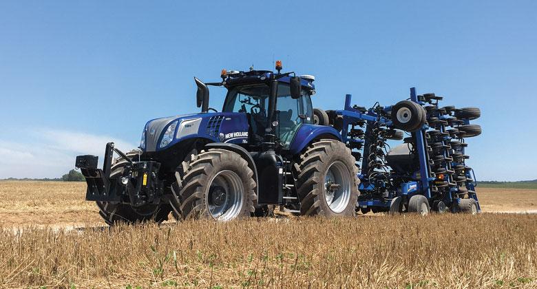 New Holland  NH Drive: Koncept traktoru s autonomn�m ��zen�m (+video)