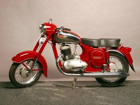 Návrat legendy. Motocykly Jawa se opět budou vyrábět!