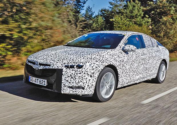 Opel Insignia 2017: Exkluzivní jízdy s prototypem tajné novinky!