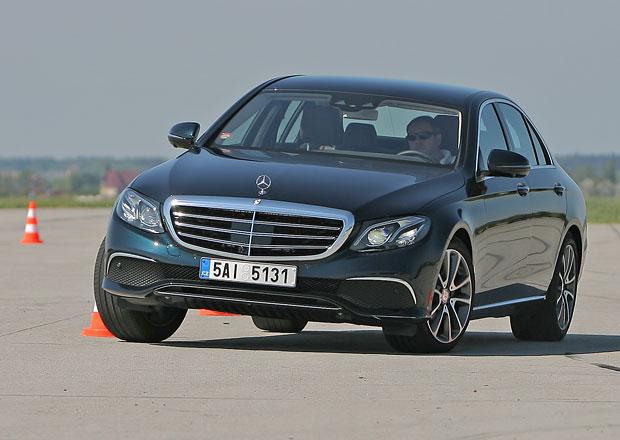 Český trh v říjnu 2016: Mercedes i Toyota v top 10