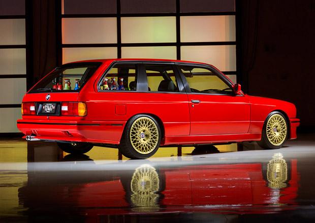 BMW E30 J-Rod: M3 Touring s osmiválcem