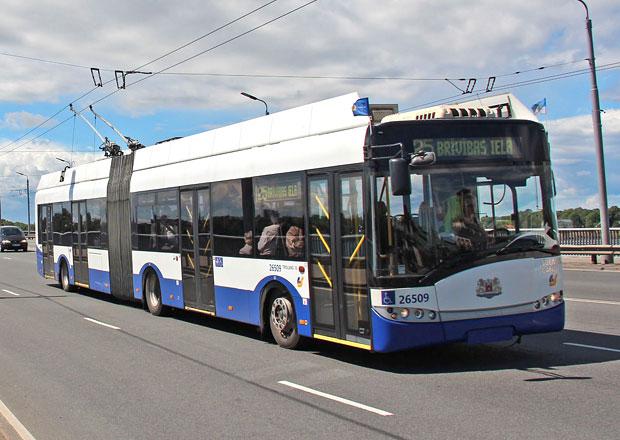 Trolejbusy Solaris s palivovými články nasadí jako první Riga