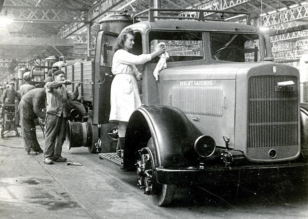 Renault Trucks připomíná 100 let výroby v Lyonu