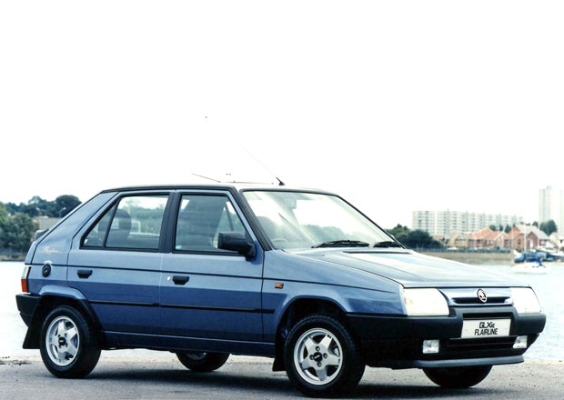 V Anglii otestovali starou Škodu Favorit a ptají se: Proč nejsou všechna auta tak dobrá?